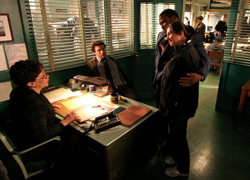 """Actors S. Epatha Merkerson, Jeremy Sisto, Anthony Anderson and director Marisol Torres are shown on the set of """"Law & Order"""" in New York in this April 17, 2008 file photo. NBC announced Friday that the series was being canceled."""
