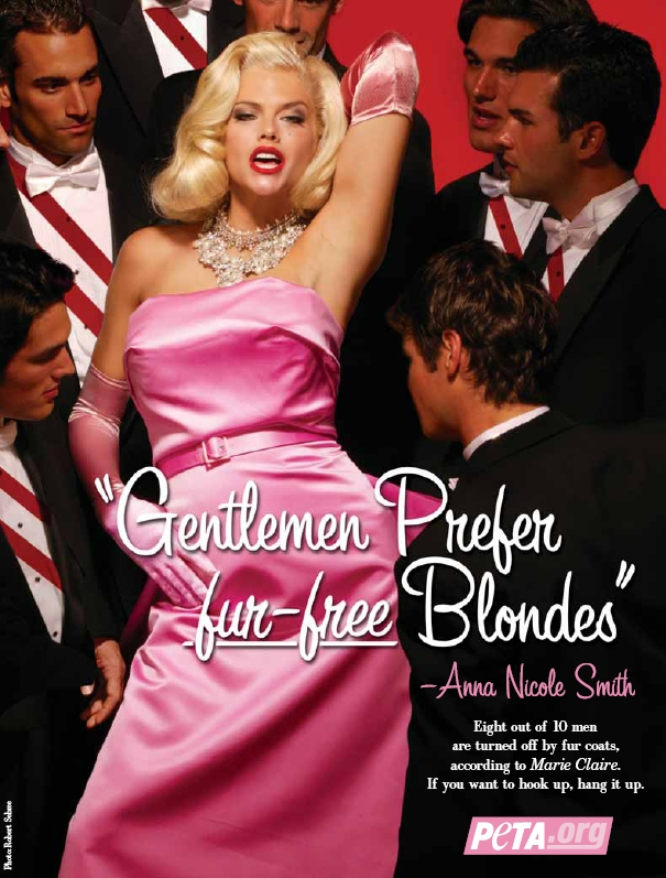 """Anna Nicole Smith poses as Marilyn Monroe for a 2004 PETA ad. A book called """"The Killing of Anna Nicole Smith"""" offers no evidence that her death was anything but an accident."""