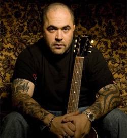 Tickets for Aaron Lewis' July 22 show in Hampton Beach, N.H., go on sale Friday.