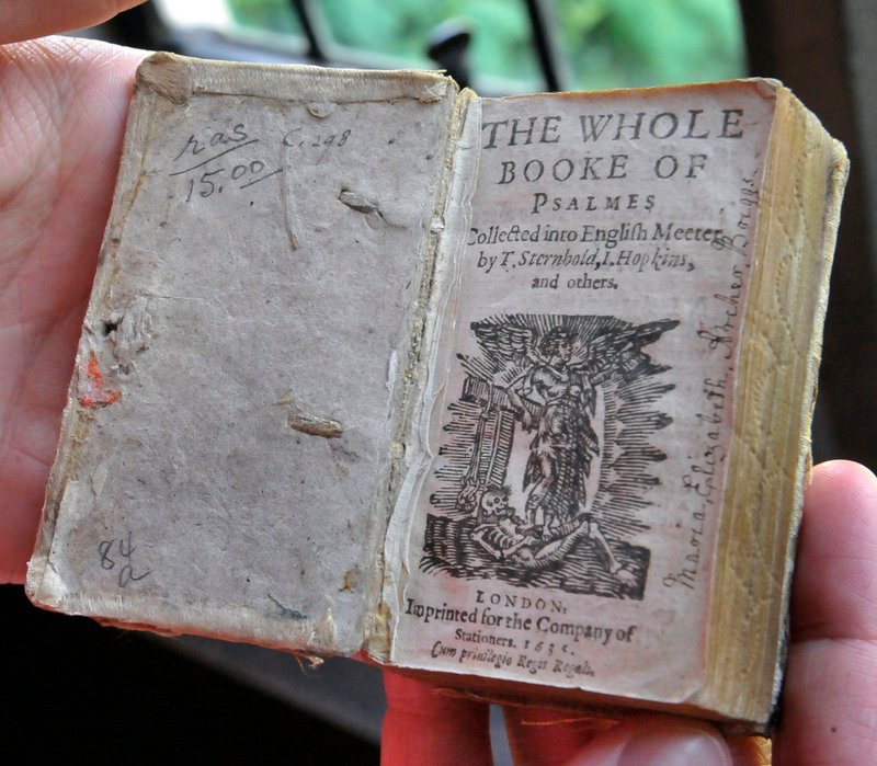 This book of psalms dating to 1635 and a King James Bible printed in 1611 are in the Washington National Cathedral's collection.