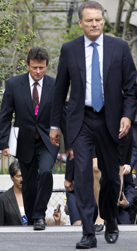 BP Chairman Carl-Henric Svanberg, right, and BP CEO Tony Hayward arrive at the White House in Washington on Wednesday for their private meeting with President Obama.
