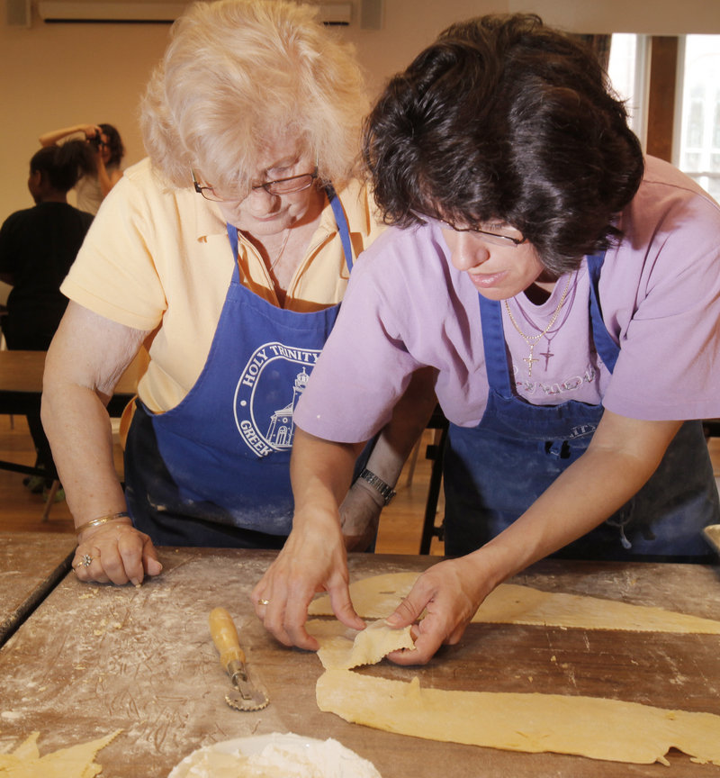 Rhea Williams, left, and Margarita LaRossa know dough.