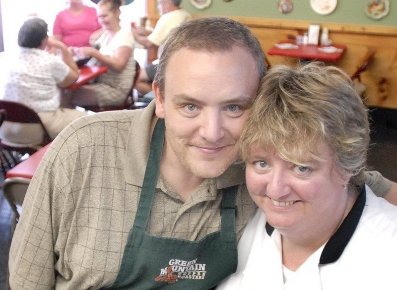 "2009 file photo/The Portland Press Herald Dean and Laura Franks pose together at Laura's Kitchen in Wells last summer. The couple started their business in 2000, but it was deemed ""marginal"" by the State Department last year."