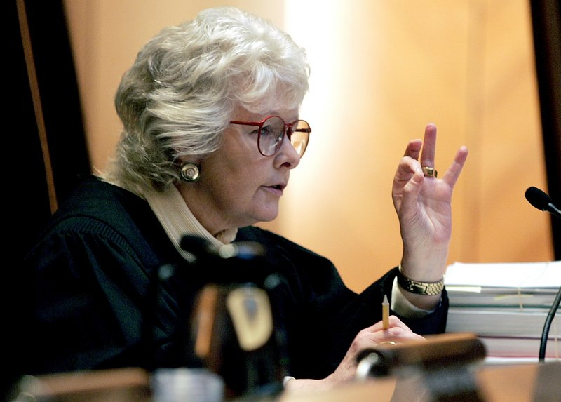 Chief Justice Margaret Marshall, who wrote Massachusetts' landmark ruling legalizing gay marriage, said Wednesday that she is leaving the state's high court in October.