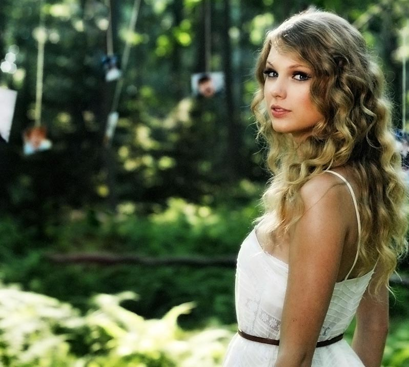 Taylor Swift was in Maine last month shooting a video at Ram Island Farm in Cape Elizabeth and at Christ Church in Kennebunk.