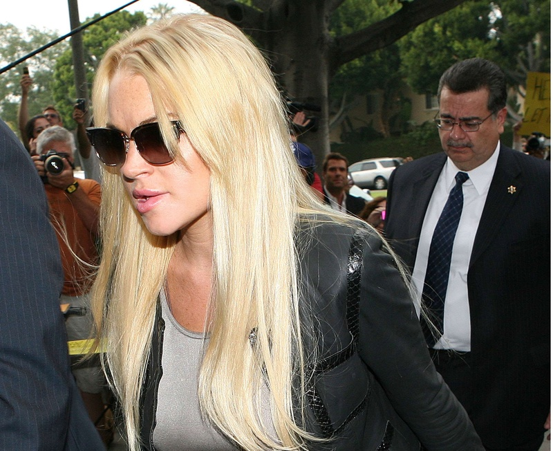 Lindsay Lohan is free pending a Friday court hearing. A judge must decide whether to send her back to jail or back into treatment. KENNELL KRISTA PHOTOGRAPHE,SIPA USA/30061463/000006