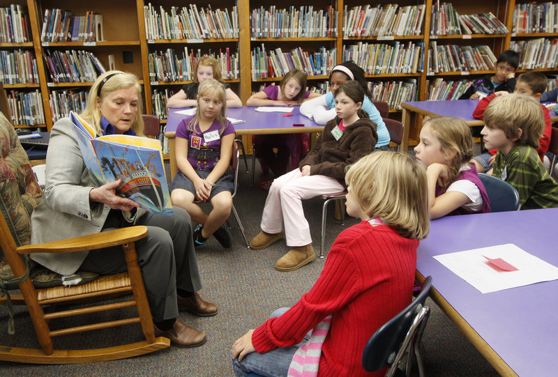 U.S. Rep. Chellie Pingree, shown reading to fourth-graders last month at the Presumpscot School in Portland, has Mainers' best interests at heart, a reader says.