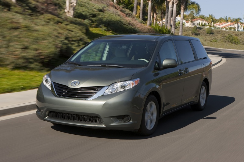 Because minivans have lost their luster with many buyers, Toyota focused on making its redesigned Sienna as stylish as possible in an effort to lure them back.
