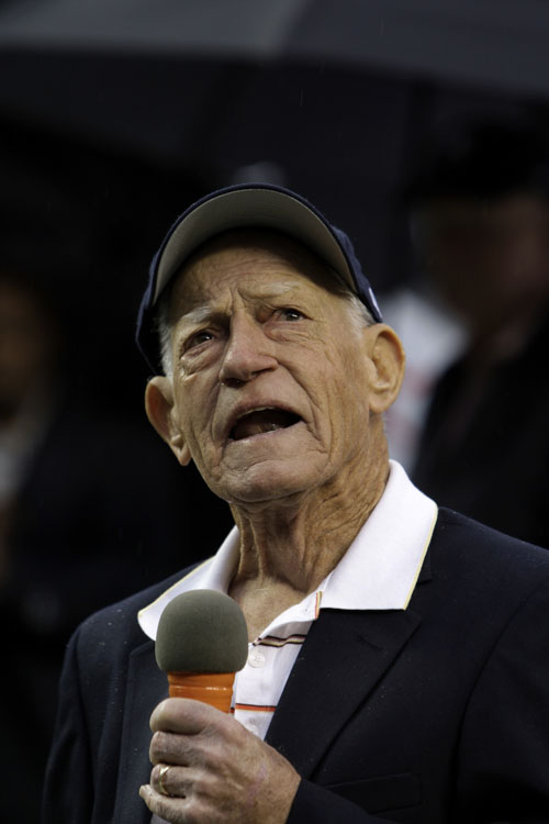 This Sept. 28, 2009,photo shows Anderson, manager of the 1984 Detroit Tigers world championship team, speaking during a celebration at their 25th anniversary.