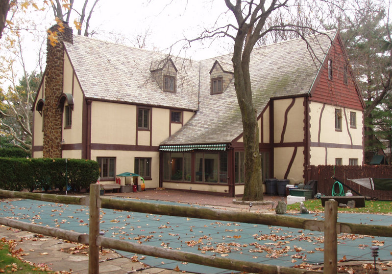 """The house needs some work, but Connie Profaci Realty expects this home's history to be a selling point: Much of the 1972 mobster epic """"The Godfather"""" was filmed here."""