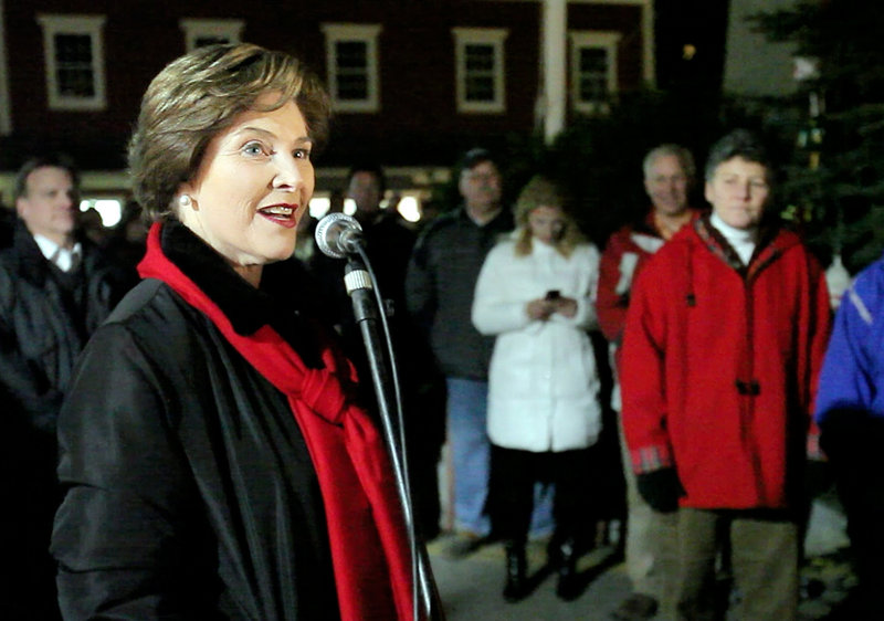 Former first lady Laura Bush speaks before lighting the Christmas tree on Friday night.