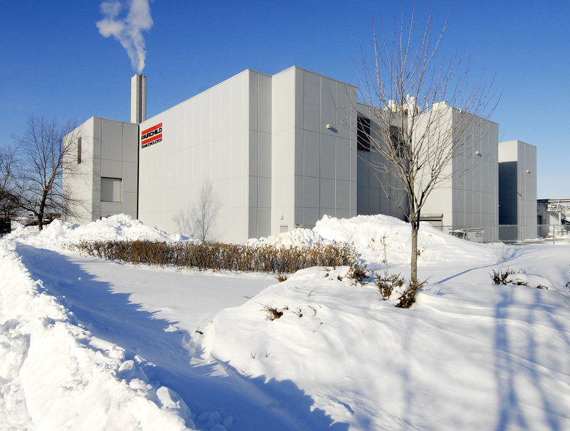 Fairchild Semiconductor layoffs are expected to affect primarily the company's manufacturing plant on Western Avenue in South Portland, above, where some 500 people are employed.