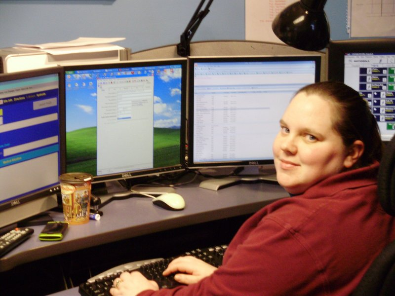 Dispatcher Sarah Bailey had just arrived at work when she took the call about a back-seat birth, and used her emergency medical training to calmly guide the process.