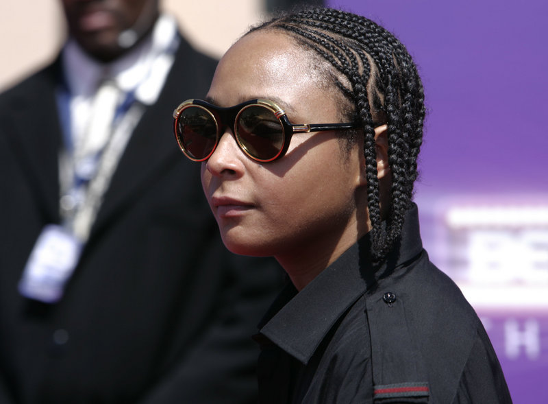 """Felicia """"Snoop"""" Pearson arrives at the 7th annual BET Awards in Los Angeles in 2007. Police in Baltimore say the actress, who appeared on the HBO series """"The Wire,"""" was among those arrested in an early morning drug raid Thursday."""