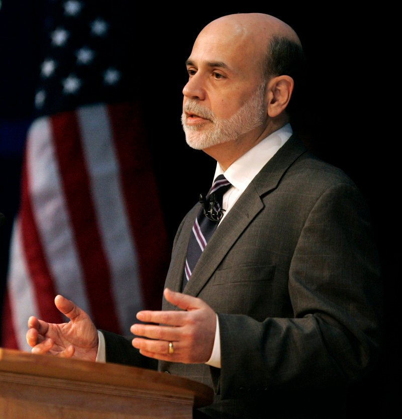 Federal Reserve Chairman Ben Bernanke addresses the Independent Community Bankers of America on Wednesday at the San Diego Convention Center.