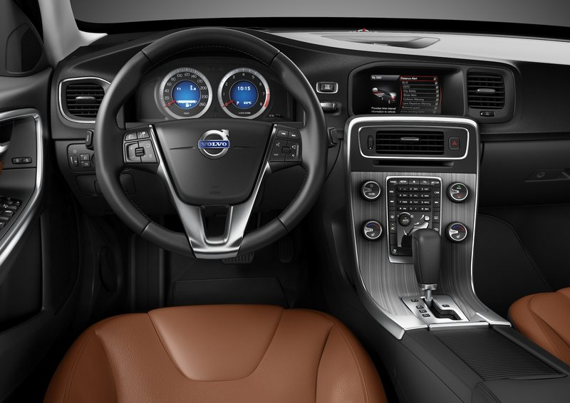 The cabin has high-grade material, elegant design and comfortable seats.