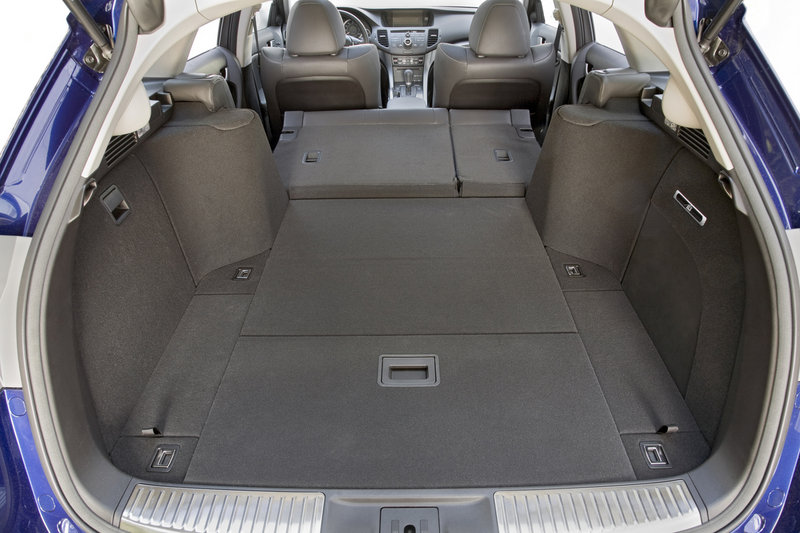 The Sport Wagon has 25.8 cubic feet of storage space with the rear seats up, and 60.5 feet when they are down.