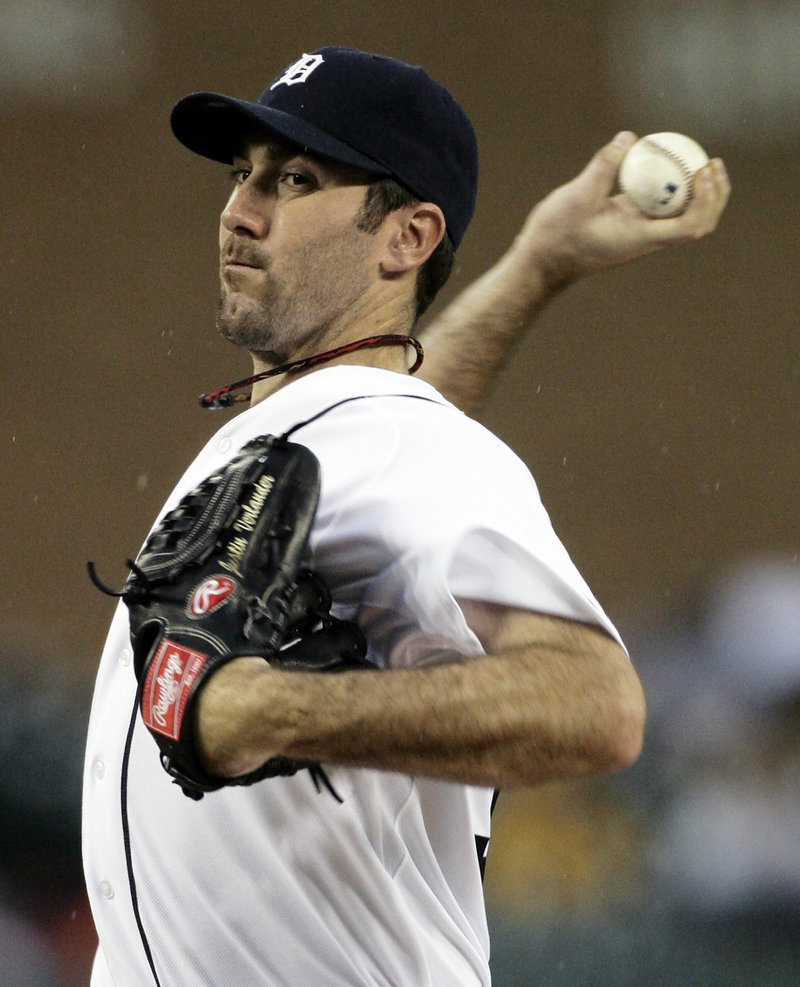 Justin Verlander delivers a pitch during his solid outing in the nightcap of Sunday's doubleheader. Verlander led the Tigers to a 3-0 win.