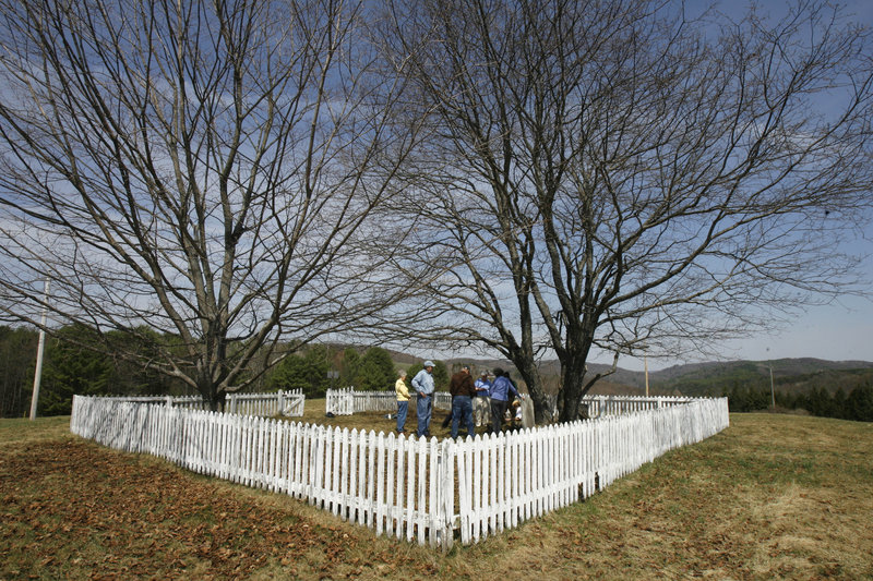 """Aldrich Cemetery is shown in Hartland, Vt. The state Supreme Court said that the legal issue was whether the 1853 deed created a """"fee simple"""" provision or an """"easement."""""""