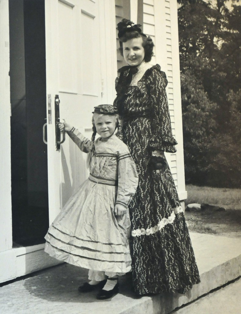 Merry Chapin as a young girl with her mother, Elizabeth Blanchard Merrill, on the front steps of the Capt. Reuben Merrill House.