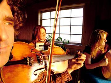 Vishten brings the rollicking music of Prince Edward Island to One Longfellow Square in Portland on Thursday.