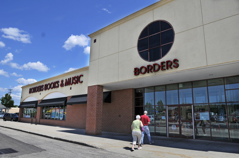 Borders bookstore at the Maine Mall in South Portland is expected to begin liquidating merchandise as early as Friday.