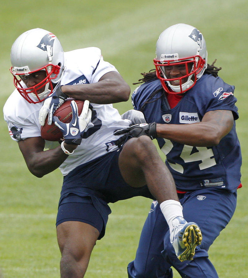 Matthew Slater of the New England Patriots, left, is hoping to show his skills as a receiver and defensive back now that more kickoffs will be turning into touchbacks this season.