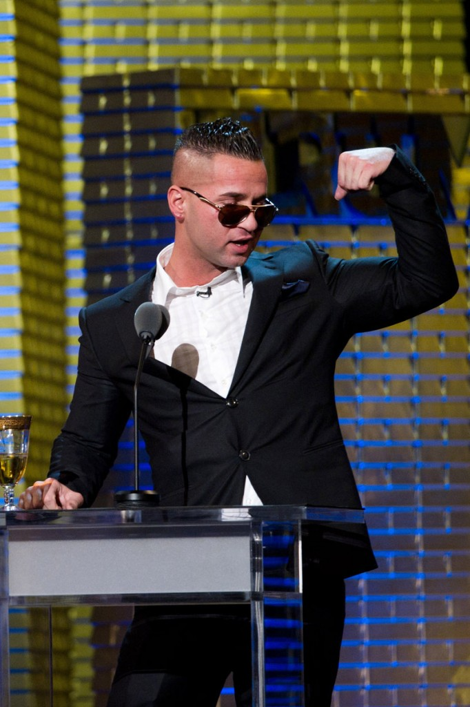 """Mike """"The Situation"""" Sorrentino and other cast members of """"Jersey Shore"""" have been made an offer to not wear Abercrombie & Fitch."""