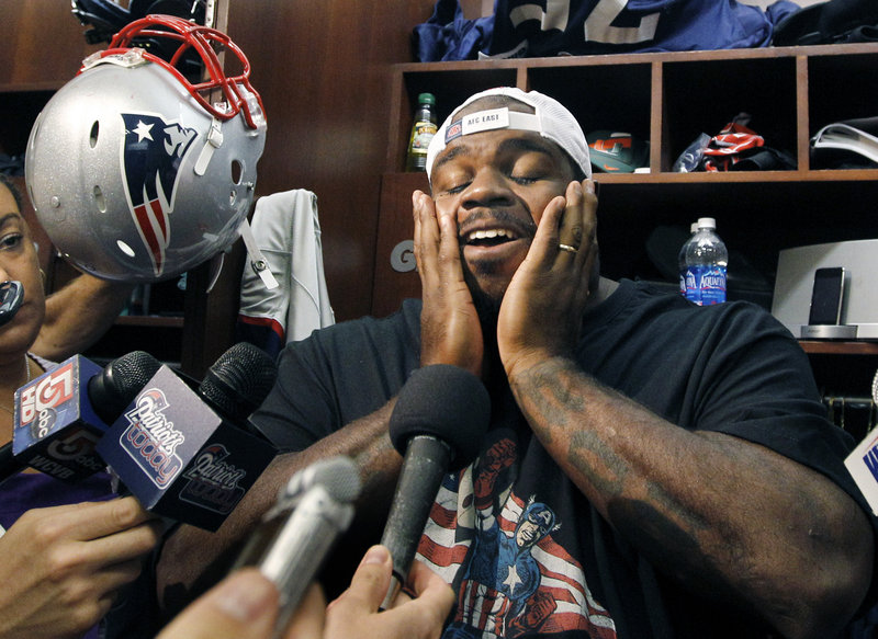 Patriots nose tackle Vince Wilfork says he doesn't want to be a distraction to his Patriots teammates after a report that he was paid $50,000 while at the University of Miami.