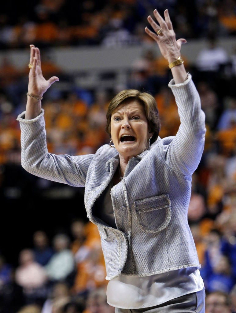 Pat Summitt says she'll continue as Tennessee's coach despite a diagnosis of early onset dementia.