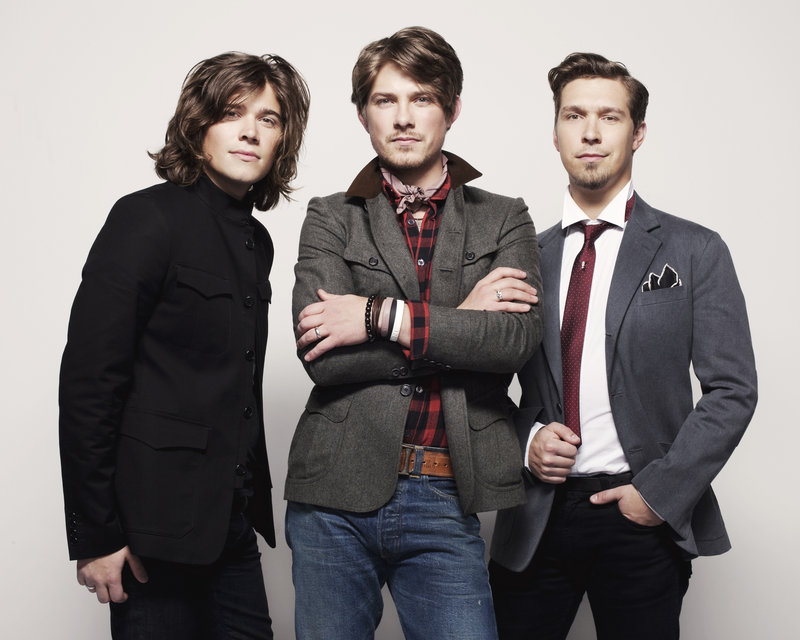 Zac, left, Taylor, center, and Isaac Hanson will perform in Maine on Tuesday for the first time in seven years.