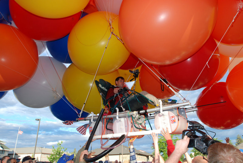 Kent Couch lifts off in July 2008 from his gas station in Bend, Ore., sitting in a lawn chair rigged with more than 150 giant party balloons. The flight, which made headlines worldwide, ended 235 miles away in an Idaho farm field. Now Couch is planning a 400-mile flight in Iraq.