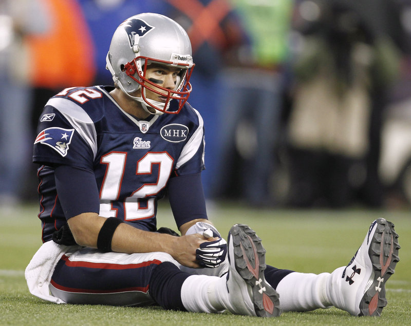 Tom Brady had his streak of 31 straight wins in regular-season games he started at home end in Sunday's 24-20 loss to the Giants.