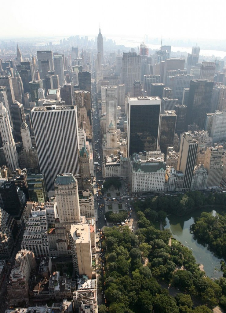 Manhattan's Central Park neighborhoods are home to some of the wealthiest taxpayers in the nation.
