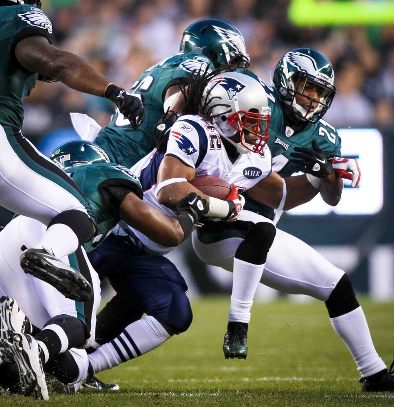 BenJarvus Green-Ellis gained just 44 yards on 14 carries, but scored two first-half touchdowns as the Patriots wiped out an early deficit in their 38-20 win.