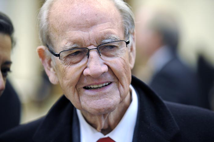 Former Democratic presidential nominee and U.S. Sen. George McGovern in a Jan. 22, 2011, photo.