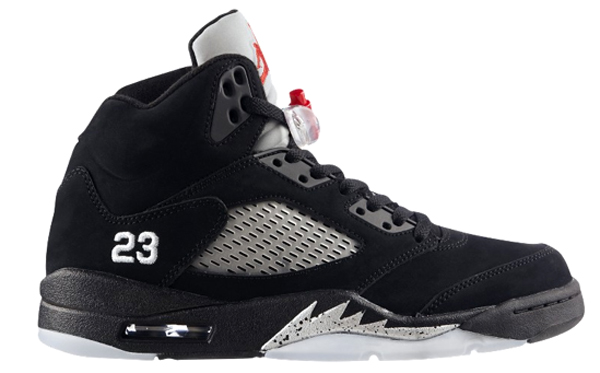 The Air Jordan 5 Retro brings back the translucent sole and design that debuted in 1990.