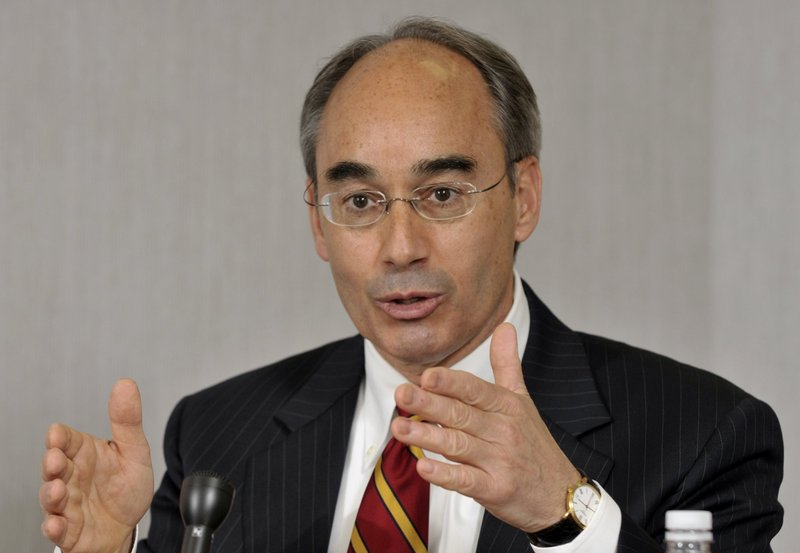 State Treasurer Bruce Poliquin is asking the town of Phippsburg to allow year-round use, including catered events and retreats, at the Popham Beach Club, a private club he built.