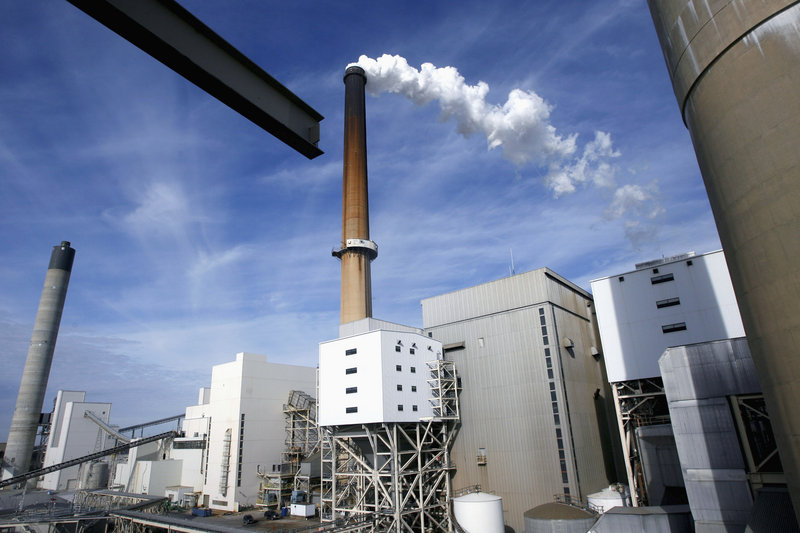 A coal-fired power plant for Springfield, Ill., is among 1,200 coal- and oil-fired energy producers nationwide facing a new EPA rule to control toxic air pollution.