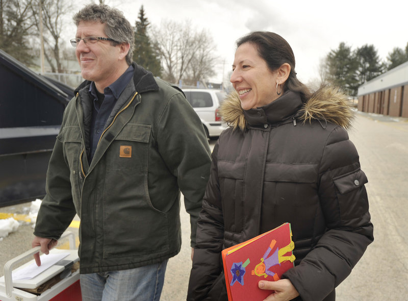 Greg Shinberg and Leah Cantor had volunteered to help prepare the dinners, but when a driver canceled at the last minute, they took over the delivery route in Westbrook.