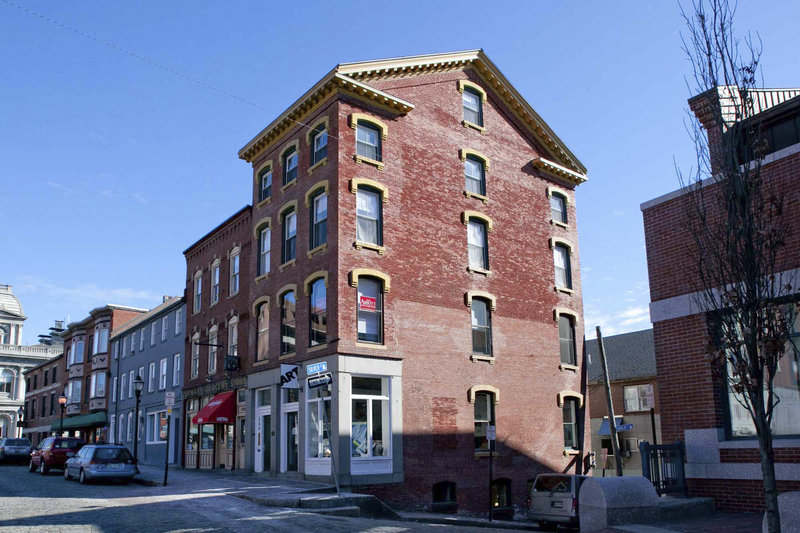 A modern photo of the same block by Maine Historical Society volunteer Ted Oldham.