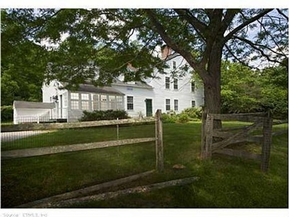 Actress Renee Zellweger is listing her Connecticut farmhouse for $1.5 million.
