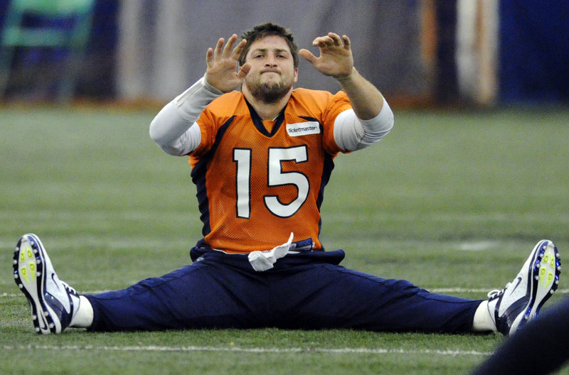 It's time for a stretch ... but it's not a stretch to think that Broncos QB Tim Tebow can come into Foxborough on Saturday night and beat the Patriots in the playoffs.