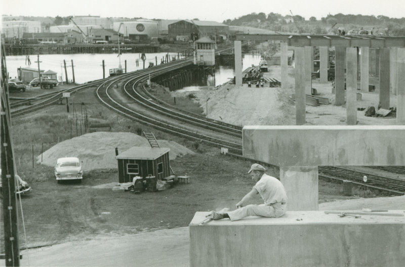 Construction of Veterans Bridge in Portland, circa 1953.
