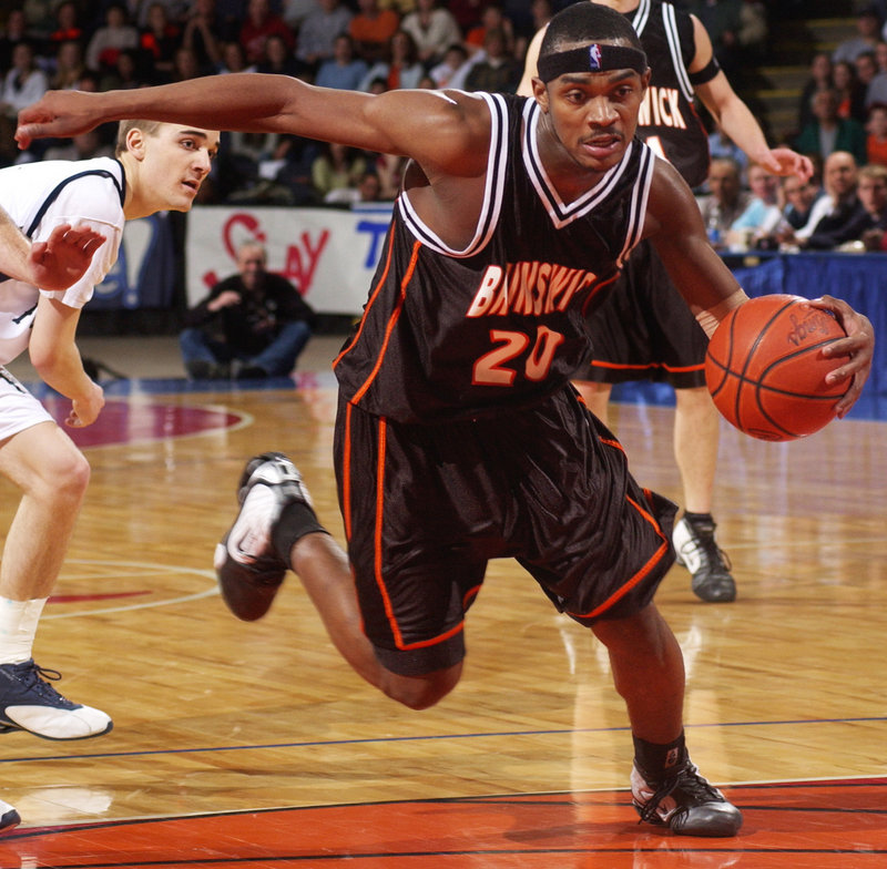 Ralph Mims of Brunswick scored 41 of his team's final 43 points and finished with 46, but it wasn't enough to beat Portland in 2004.