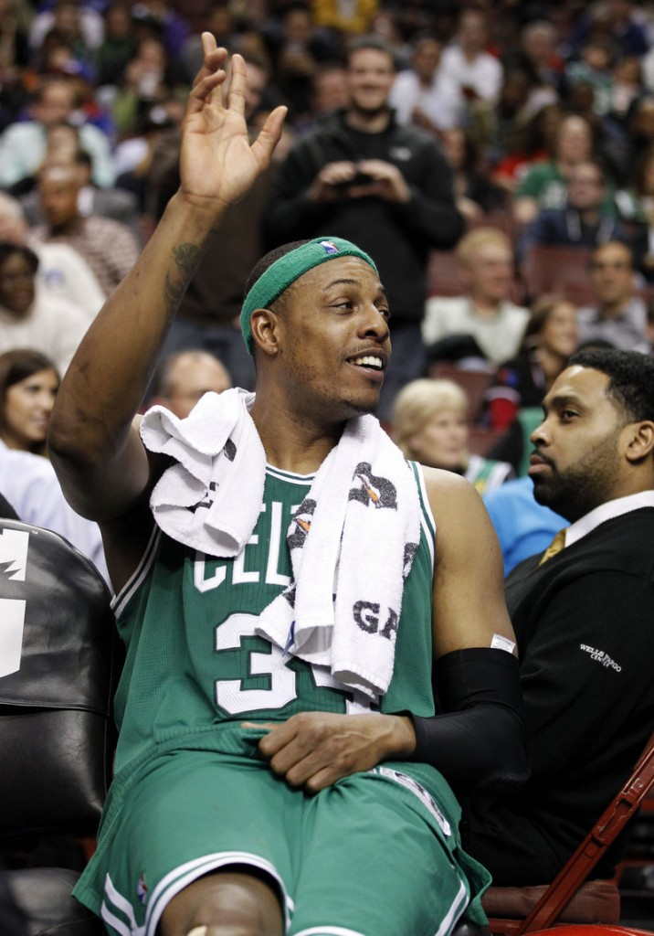 So what do you do when getting blown out? How about wave to the crowd as Boston's Paul Pierce does Wednesday in Philadelphia.