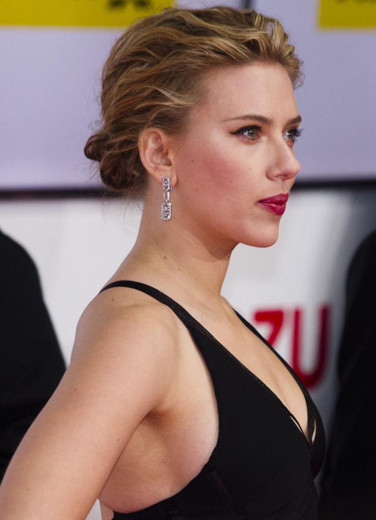 Nude photographs of Scarlett Johansson landed on the Internet after a Florida man hacked into the email accounts of the actress and other celebrities, authorities say.