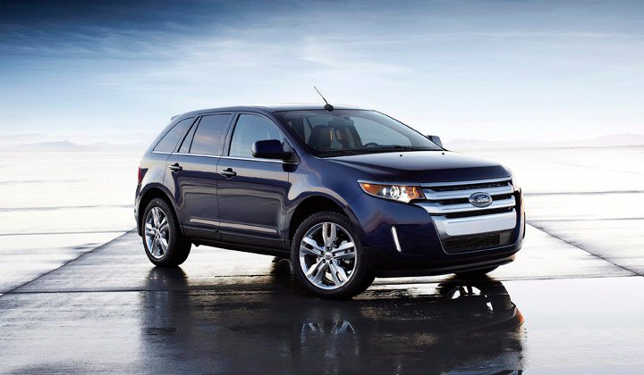 Ford's popular five-passenger Edge crossover underwent a substantial update for the 2011 model year, getting a new front end, taillights, a redesigned interior and more power. For 2012, there's a new four-cylinder engine option.
