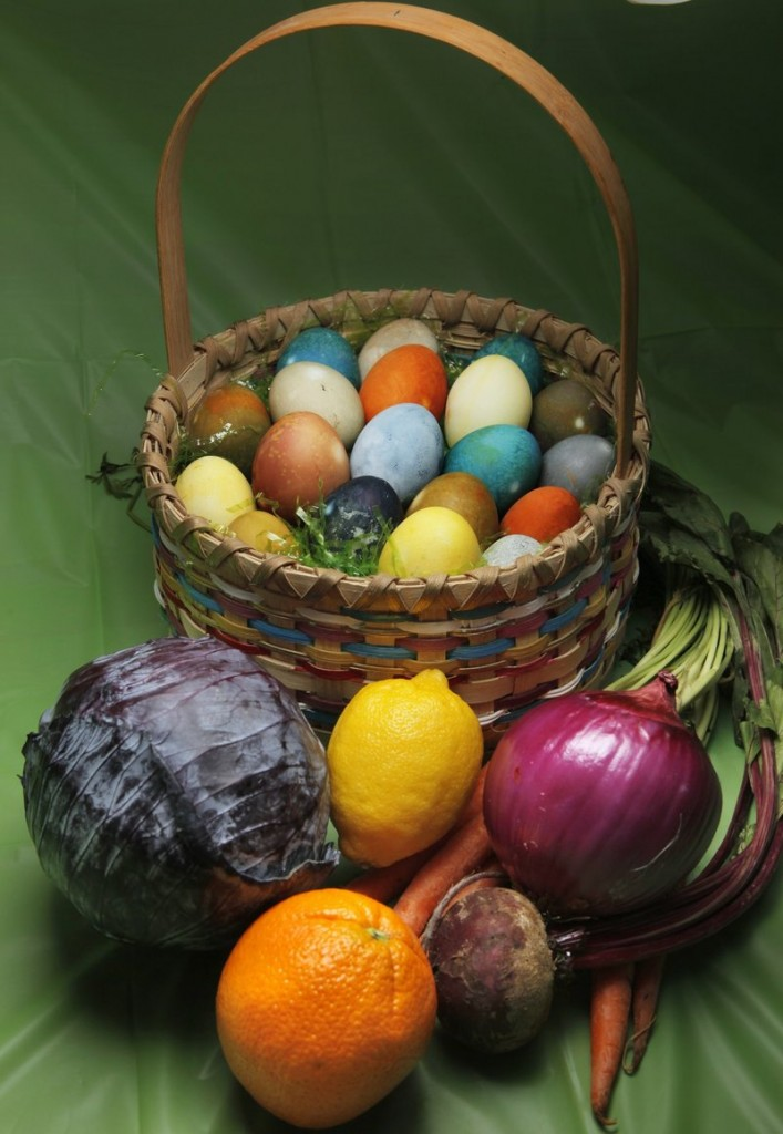 Natural colorings for dyeing Easter eggs can be extracted from a variety of fruits and vegetables, ranging from red cabbage, lemons and carrot tops to red onions, beets and oranges.