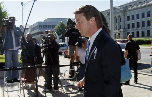Former presidential candidate John Edwards arrives at the federal courthouse in Greensboro, N.C., today.